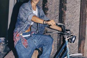 Love vintage bike andStylish Denim.