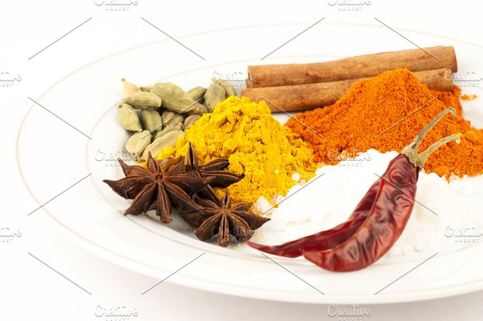 chilly, turmeric, salt, powder... - Food & Drink