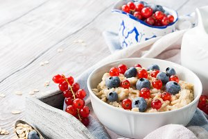 Healthy oatmeal porridge