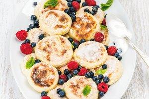 Syrniki or cottage cheese pancakes