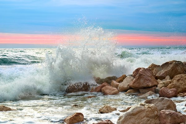 Sea landscape with waves