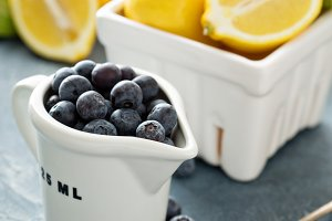 Cooking with lemons and blueberry