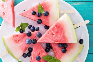 Watermelon popsicles with blueberry