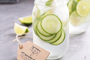 Lime and cucumber lemonade in mason jars