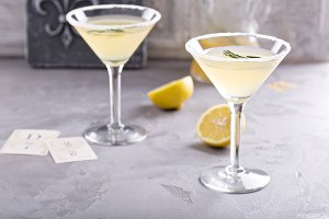 Lemonade martini with rosemary