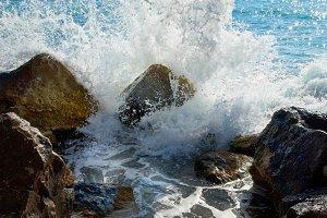 Sea, big wave and splash