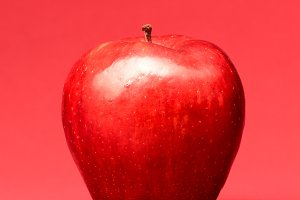 apple on red