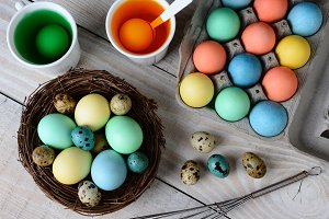 Dying Easter Eggs Horizontal