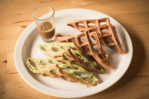 Matcha Chocolate Waffle with Dip