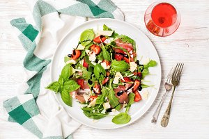 Prosciutto & strawberry salad
