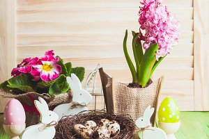 Easter bunnies decor