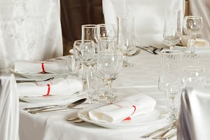 White wedding table set