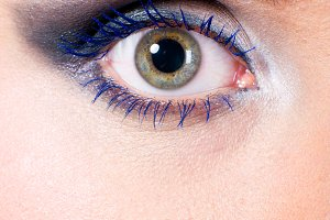 female eye macro