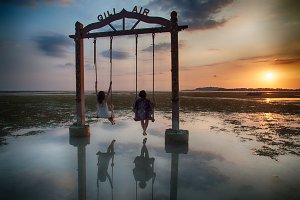 Friends enjoying Sunset in Gili Air