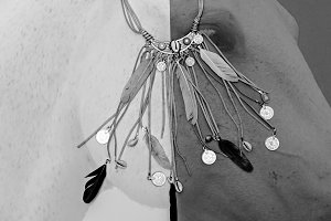 Necklace Feather fashion