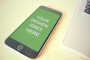 iPhone Display Mock-up 4