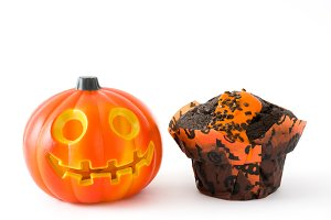 Halloween muffin and pumpkin