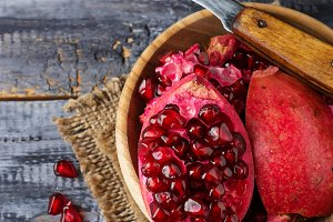 Ripe dissected pomegranate