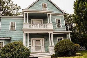 properties on Colonial Street
