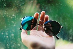 Sunglasses on rainy day - contrast