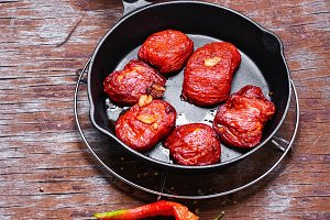 Sun-dried tomatoes in the pan