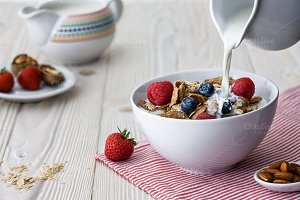 Cereal breakfast with berries