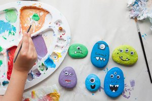 Stone monsters craft for children