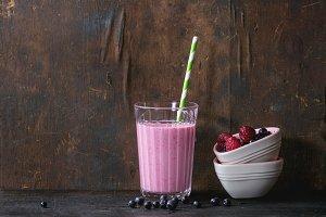 Homemade raspberry smoothie