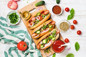 Homemade hot-dogs with vegetables