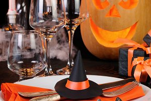 table decoration for Halloween