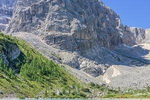Beautiful scenery at lake Sorapis