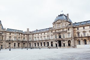 Louvre Museum 14