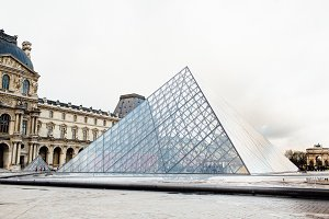 Louvre Museum 7