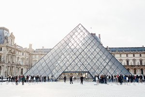 Louvre Museum 1