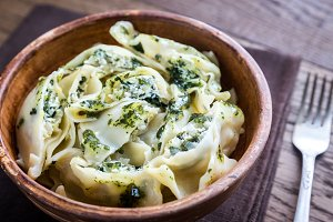 Tortellini with ricotta and spinach