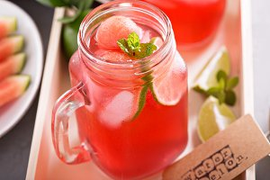Watermelon and lime lemonade