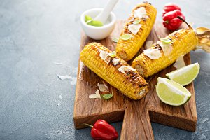 Grilled corn with chili and cheese