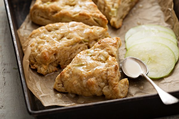 Yogurt apple scones with cider glaz…