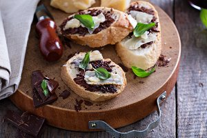 Parmesan and chocolate bruschetta