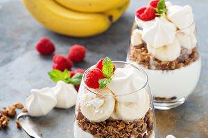 Banana and granola breakfast parfait