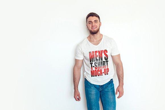 Free Men's T-Shirt Mock-Up