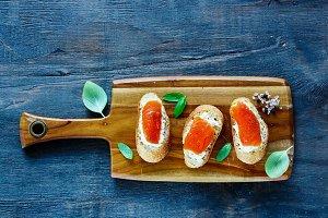 Salmon, ricotta and basil sandwiches