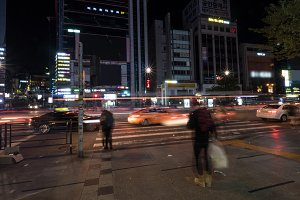 Night view of city traffic in Seoul