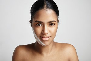 woman have body and facial treatment