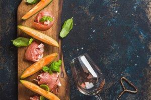 Prosciutto, cantaloupe melon & wine