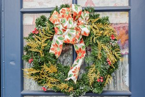 decoration evergreen wreath