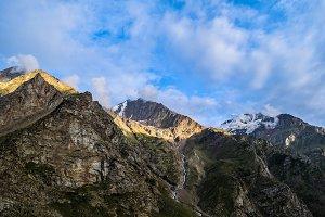 Huge Mountains
