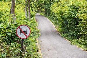 No car prohibit sign