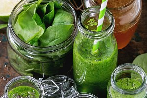 Green spinach smoothie