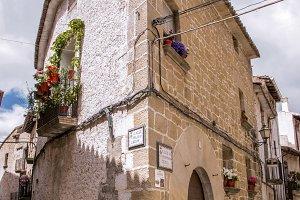 House in Cretas